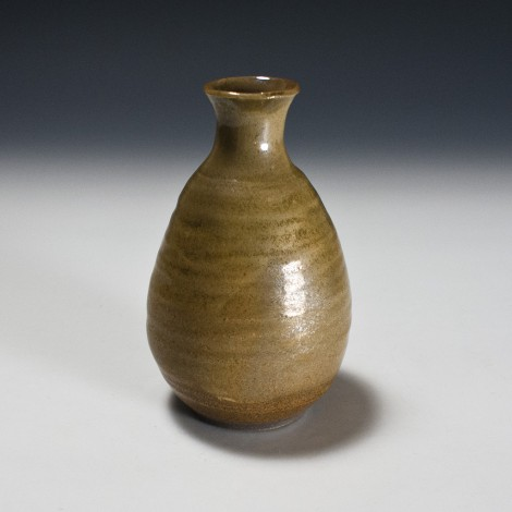 Kō Tenmoku Saké Flask by Kamada Kōji: click to enlarge