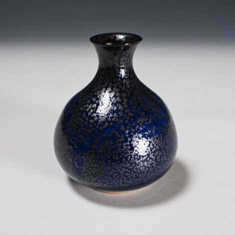 Yuteki Tenmoku Saké Flask by Kamada Kōji: click to enlarge