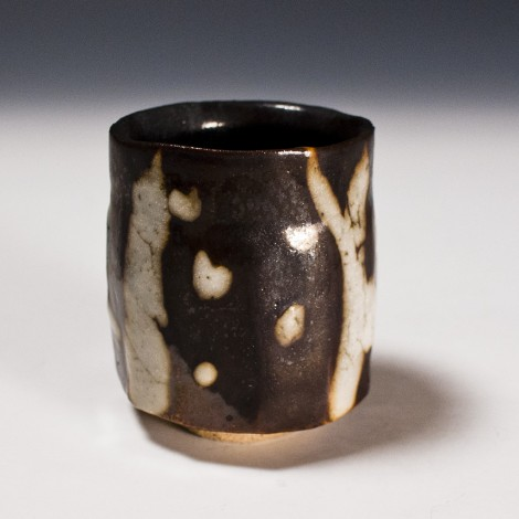 Kokuyōsai Green Tea Cup by Suzuki Tomio: click to enlarge