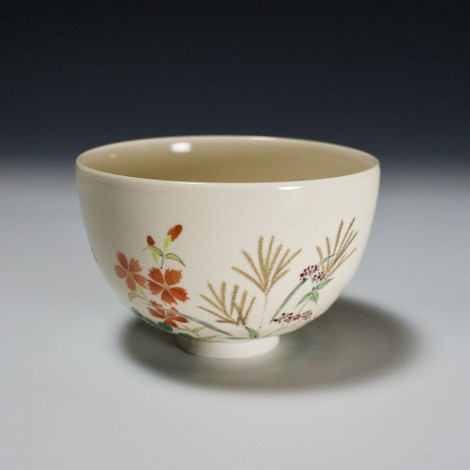 Akigusa Tea Ceremony Bowl by Kotoura Kiln: click to enlarge