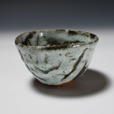Hakuyūsai Tea Ceremony Bowl by Ikai Yūichi: click to enlarge