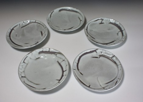 Haiyūsai Dish Set by Ikai Yūichi: click to enlarge