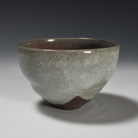 Hakuji Kōsai Tea Ceremony Bowl by Ikai Yūichi: click to enlarge