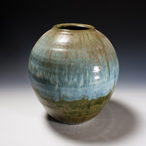 Haiyū Ash Glazed Tsubo Jar by Ikai Yūichi: click to enlarge