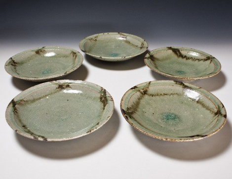 Haiyū Tessai Plate Set by Ikai Yūichi: click to enlarge
